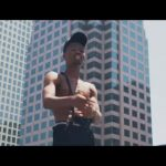 Kwesi Arthur_(No Title music video)