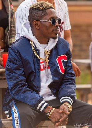 Shatta Wale-Exodus(Studio Session)(On The Reign Album)