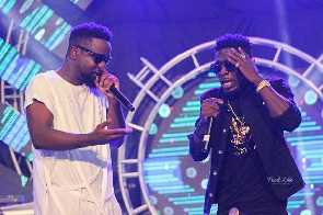 Sarkodie promotes Shatta's 'Reign' album on twitter after 'diss' song